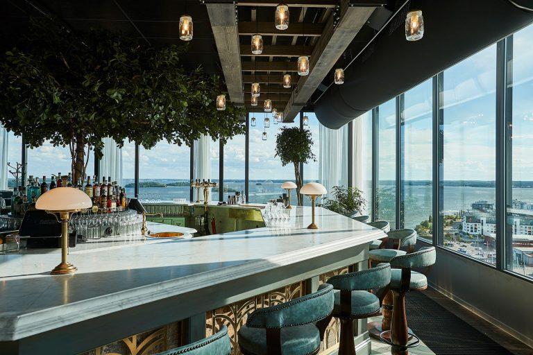 Bar med vy över Mälaren från Locavore, Steam Hotel. Fotograf: Pressbild
