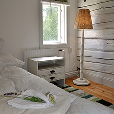 Bilden visar en del av ett ljust rum på Edens Bed and Breakfast. Fotograf: John De Jong.