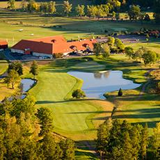 Bilden visar Frösåker Golf och Country Club från ovan. Fotograf: Lennart Hyse.