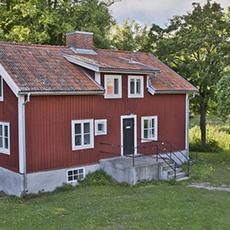 Bilden visar Fullerö Guest House från utsidan.