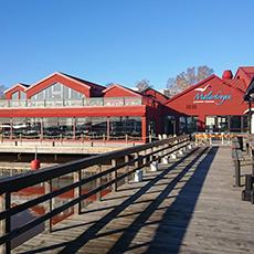 Visar bryggan ut till Mälaren med utsikt över Mälarkrogen. Foto: Pressbild