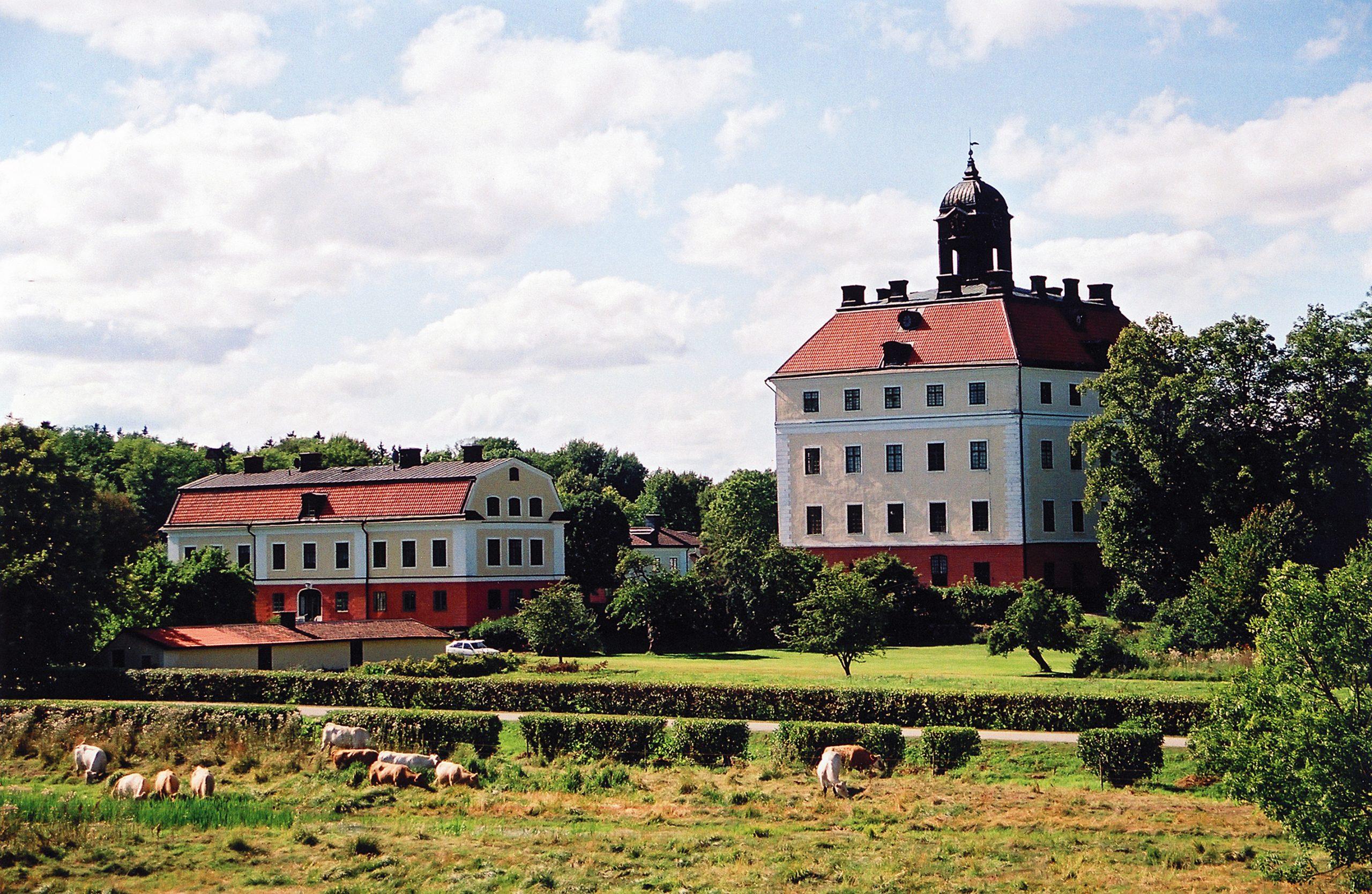 Engsö slott på vackra Ängsö utanför Västerås. Fotograf: Jan Gustafsson