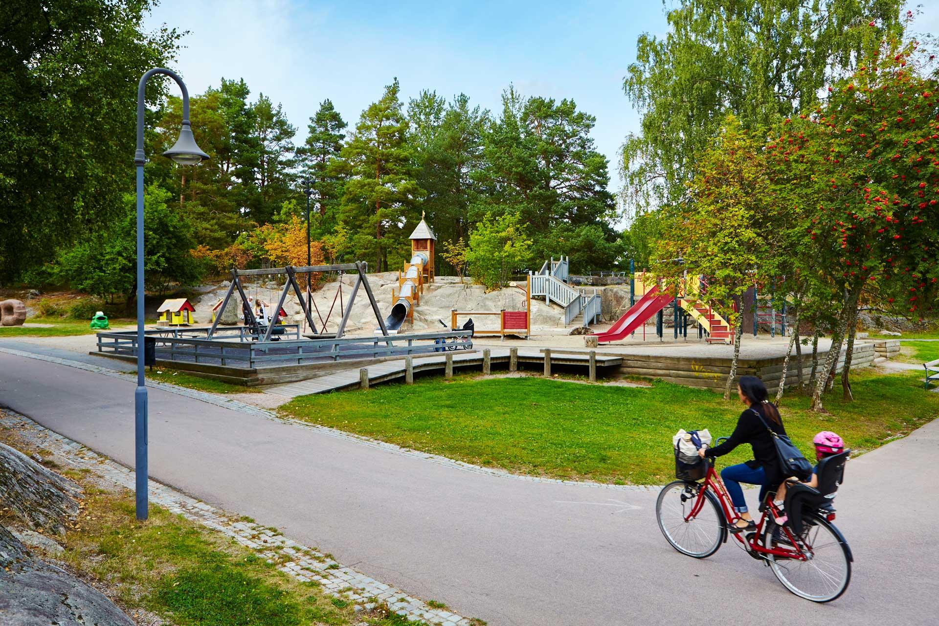 Vy över Djäknebergets lekplats Fotograf: Pia Nordlander
