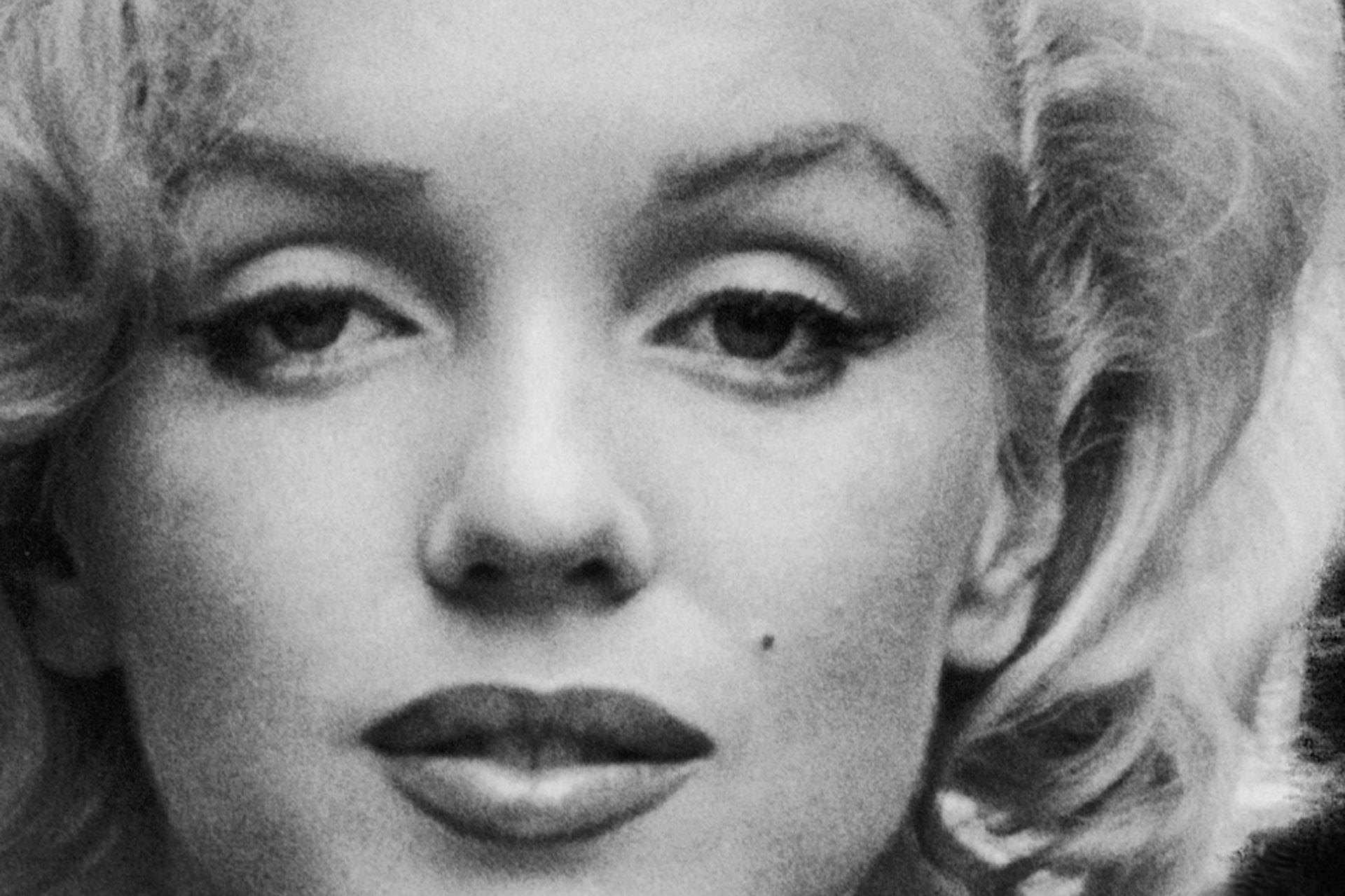 En ansiktsbild bild på Marilyn Monroe, från utställningen i Örebro