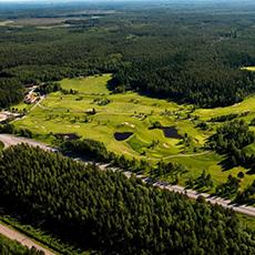 Flygbild över Surahammars Golfklubb. Foto: Pressbild