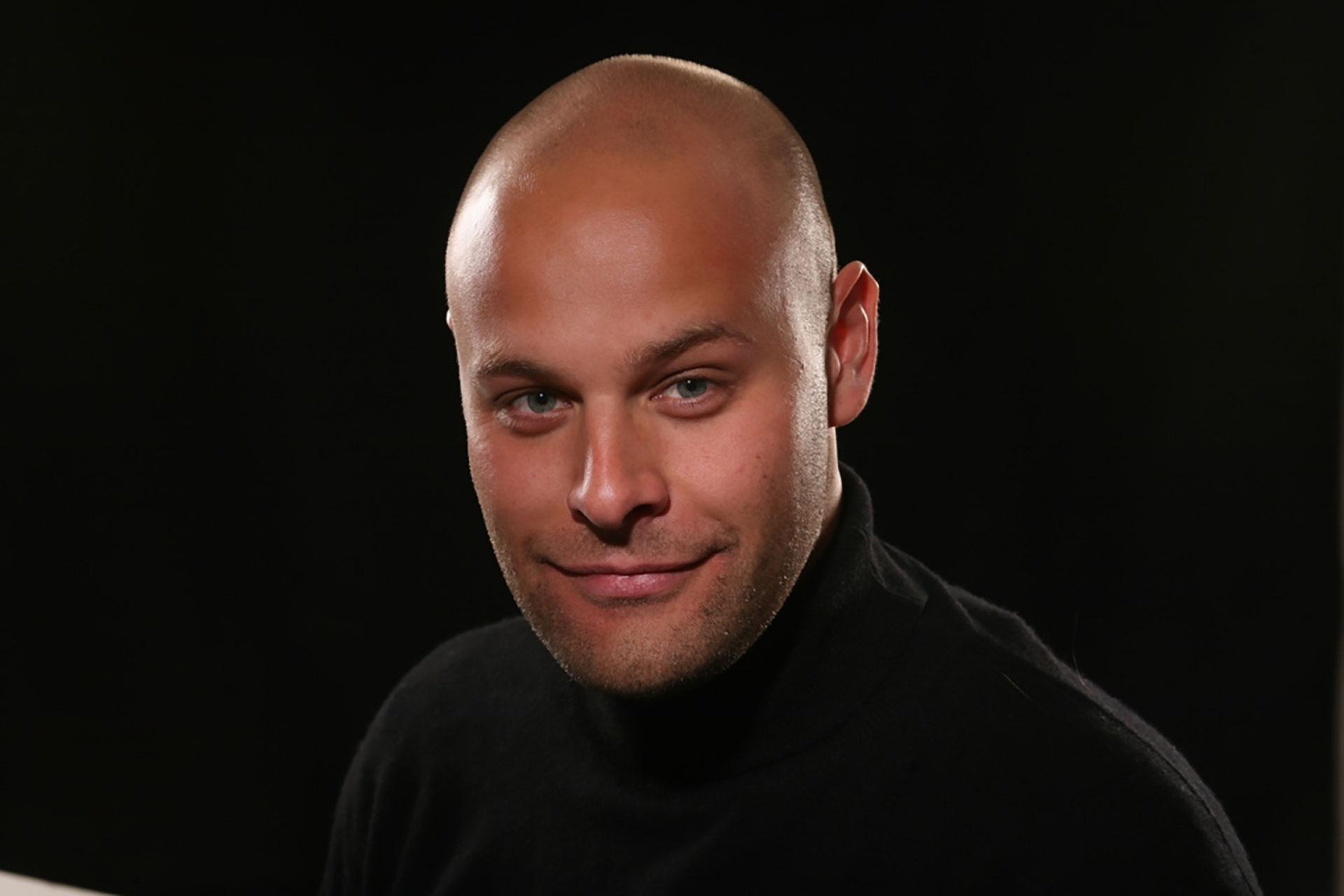 Porträttbild på Dan Epel